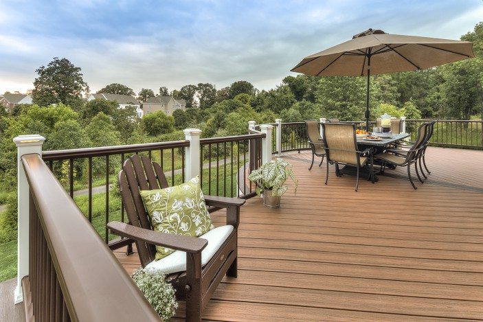 Trex decking and railing combine to make a spectacular outdoor oasis.