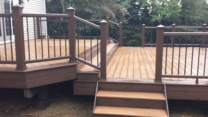 The Trex Share Your Project page lets Trex deck owners share pictures of their decks and inspire others.