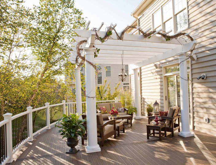 This deck brings traditionally indoor comforts to the outdoor space.