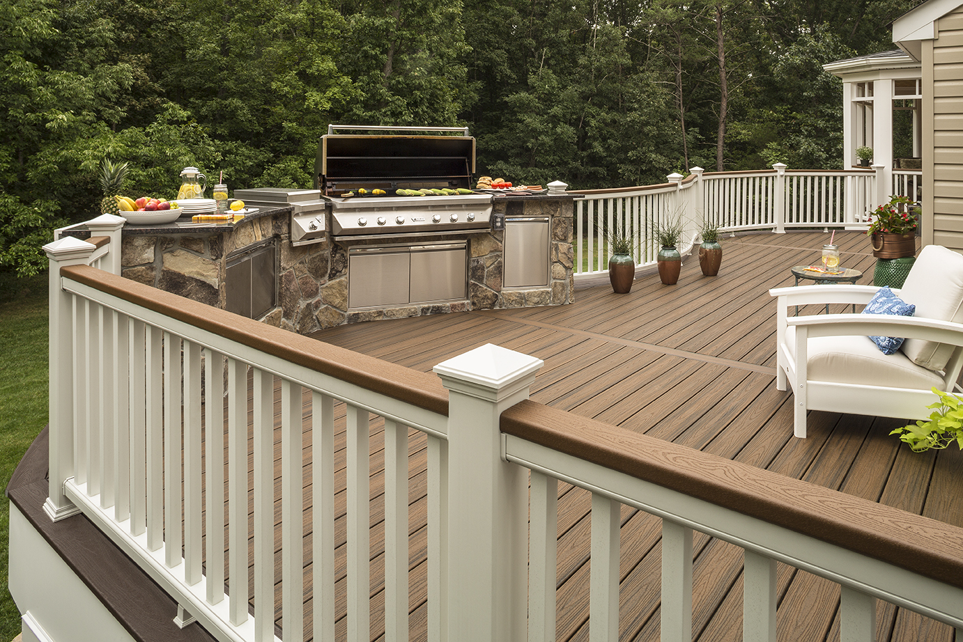 The Trex Blog - Hit the Deck: Tips For Finding The Perfect ...