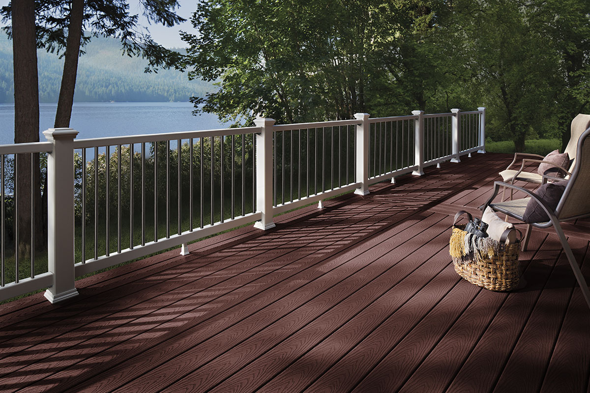 Trex Decking Colors >> The Trex Blog - Trex Go-Togethers: Deck Color Schemes to Connect Your Home to Nature | Trex