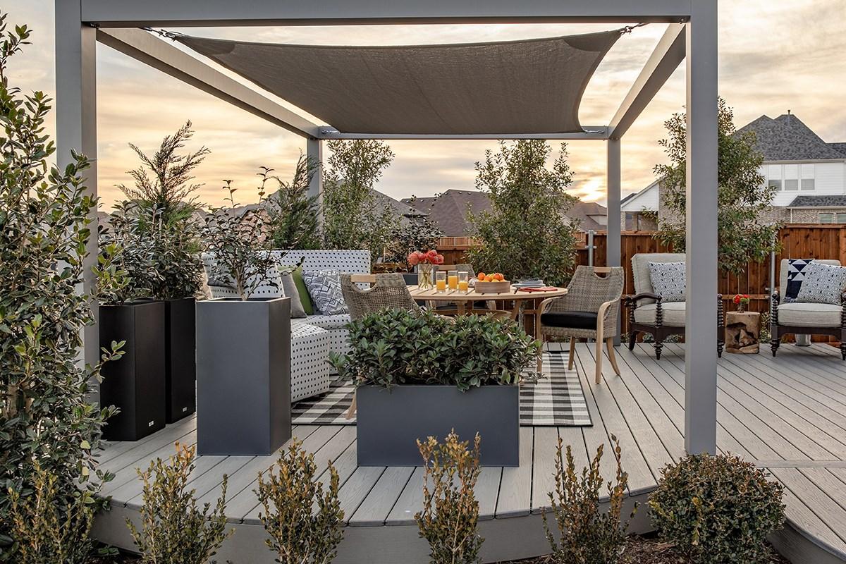 Designing A Deck With HGTV® Designer |Tiffany Brooks | Trex